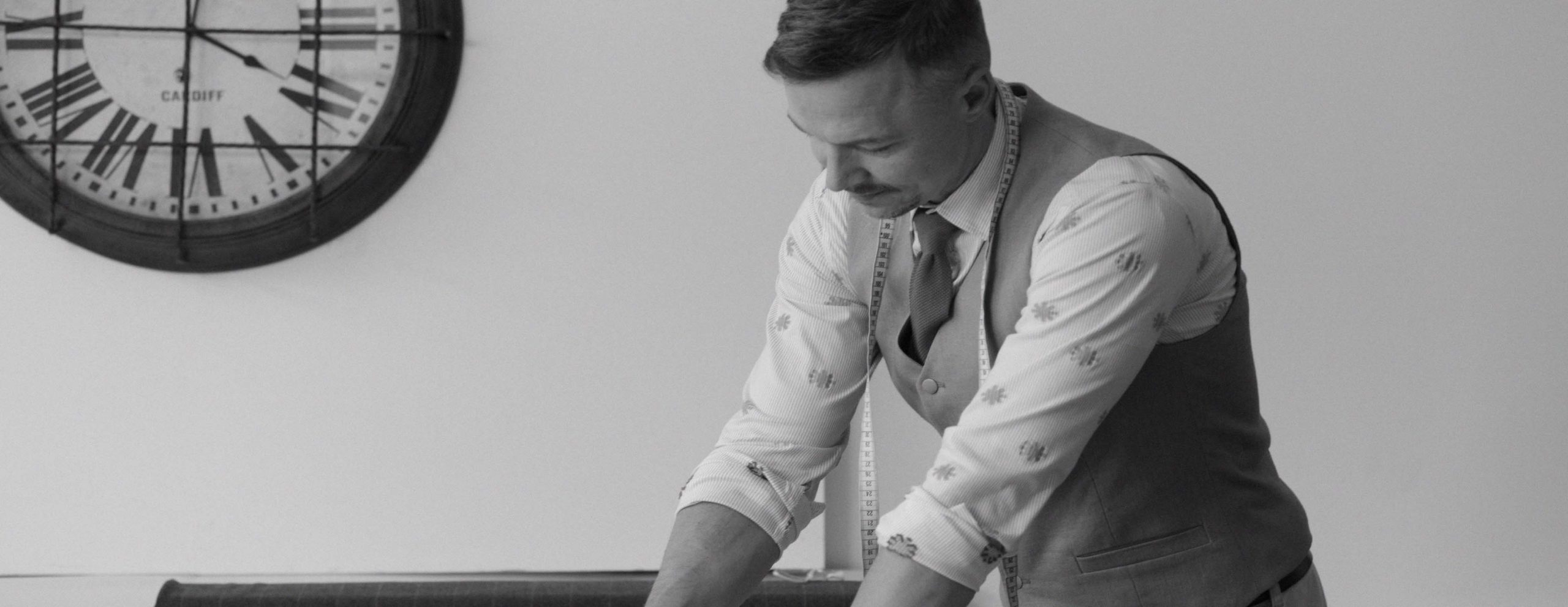 oliver-kresse-schneider-tailor-designer-modedesign